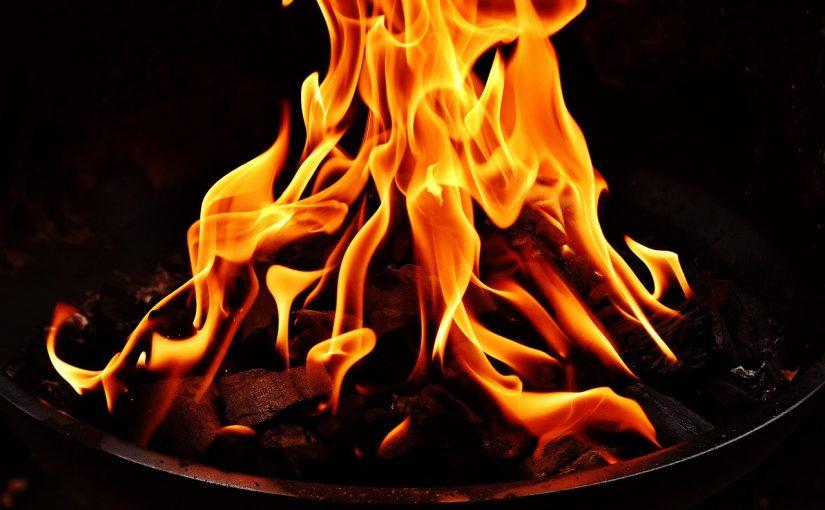 Como fazer fogo ideal para a churrasqueira